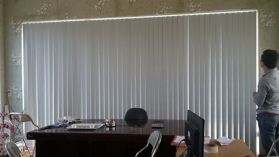 Báo giá rèm lá dọc văn phòng -
